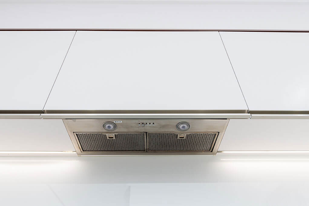 Integrated Range hood.